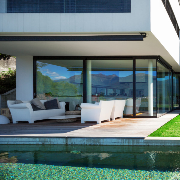UV protection film for outdoor installation: Blue Vision 20 X HC